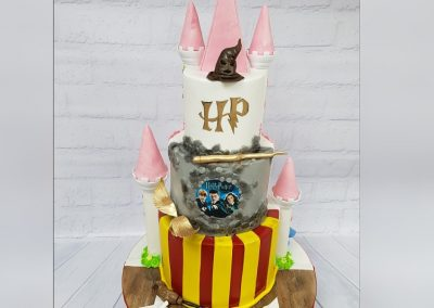 Birthday Cake - Harry Potter - 3 tier - Hogwarts School