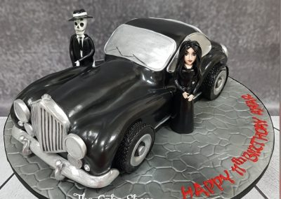 Birday Cake - Old car with Adams Family