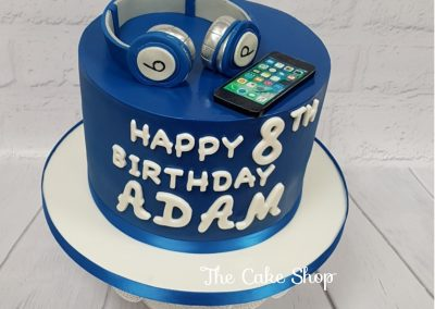 Birthday Cake - iPod and Beats by Dre Headphones