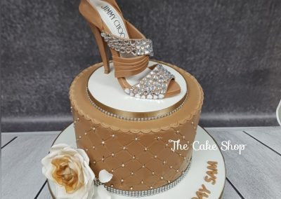 Birthday Cake - Jimmy Choo - Gold peal decor